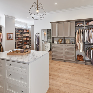 3 Tips to Create Your Dream Closet