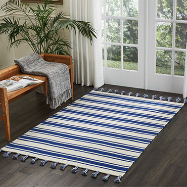 Nine reasons we love flat weave rugs (and you should, too!)