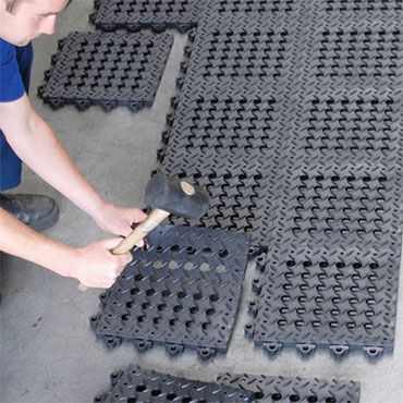 Diamond Flex-Lok™ Interlocking Rubber Floor Tiles
